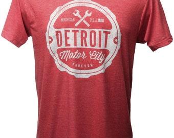 Detroit T-Shirt: Detroit Motor City Forever