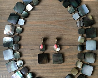 Black Lip Mother of pearl set - double necklace and earrings