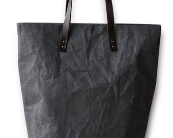 Linen bag with leather handles