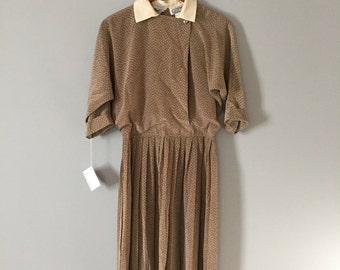 SALE ITEM...80s mocha dress | pleated skirt day dress