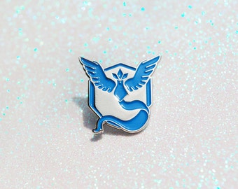 Team Mystic Enamel & Metal Pin ~ Pokemon Go Team Pin Blue Articuno Nintendo Video Game Lapel Pokemon Badge Brooch
