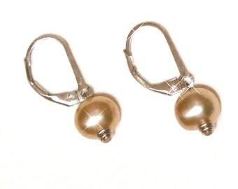 Soft Peach Cultured Pearl Earrings