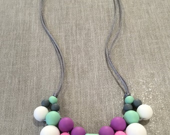 Poppy - Cluster Silicone Teething Necklace