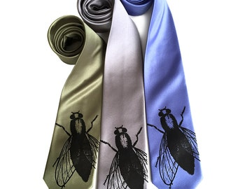 Fly Necktie. House Fly Tie. Entomologist gift, natural history gift. Lookin' Fly! Black silkscreen print. Choose regular or narrow tie size.