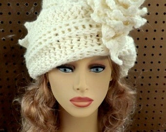 Mad Hatter Crochet Cloche Hat, Womens Crochet Hat, Crochet Womens Hat 1920s, Steampunk Hat Ivory Hat, Lauren 1920s Cloche Hat Crochet Flower