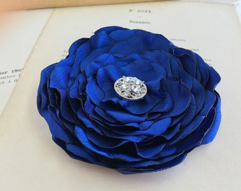 Royal Blue Silk Flower Headpiece.Royal Blue Flower Brooch.Pin.Royal Blue Hair Clip.Royal Blue Hair Accessory.Royal Blue Flower Hair Piece