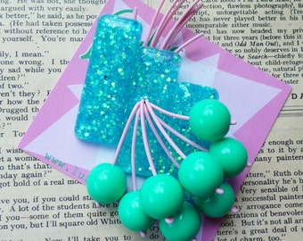 Mid Century Marvellous -Aqua Handmade 50s  flecked confetti lucite style large brooch by Luxulite