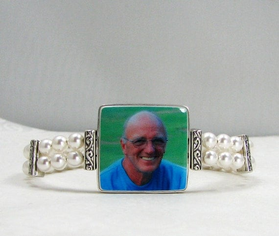 Vintage Style Pearl Photo Charm Bracelet - Medium - FP2FlB5