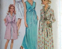Vintage 60's Simplicity 7957 Sewing Pattern, Misses' Robe and Nightgown in Two Lengths, Mad Men Mod, Size 10, 32.5 Bust, Uncut FF