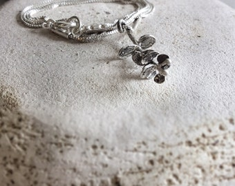 Sterling silver botanical necklace-Botanical pendant necklace-Delicate flower necklace-Organic Jewelry-Nature inspired jewelry-Gift for her