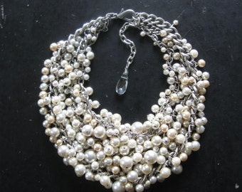 Pearl Bib Necklace - Mermaid Farts - LIGHT - Pearl Bridal Collar - Ideal for Petite