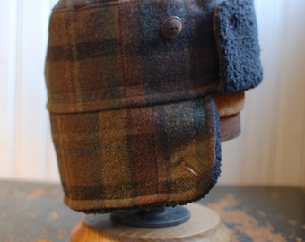Furry Russian S: plaid bomber hat in brown wool, warm winter trapper hat for kids or adults, high quality ear flap hat from recycled fabrics