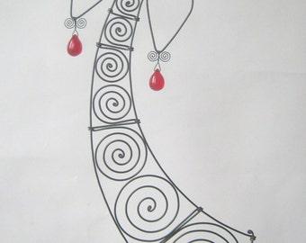 Metal Figure Sculpture Wire Angel In Red