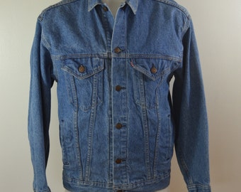 Vintage LEVI'S Denim Jean Jacket 4 pocket trucker coat red tab sz. XL USA