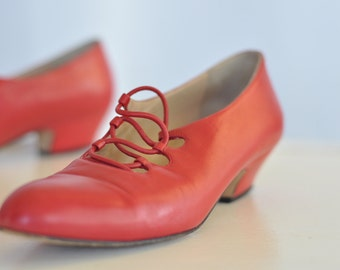 Vintage Joel Parker leather pumps // womens high heels // 1980s heels / size 8