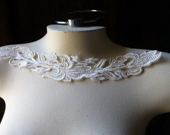 Ivory Lace Applique American made Venice Lace for Bridal, Costume Design IA 754