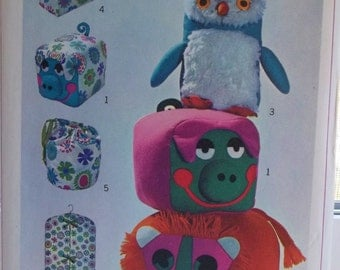 Pillow Toys, Totes, Tissue Box Cover, Vintage Simplicity Pattern 7928  60's  Soft Toy Animals, Stuffed Owl, Pig, Lion, Garment Bag, Crafts