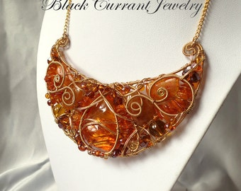 Large Amber Bib Neclace - Gold Color Wire