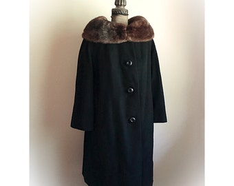 Vintage 1960s  Neusteters Black Cashmere Coat with Fur Collar