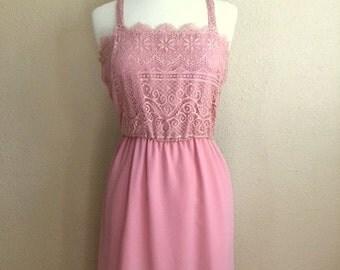 Vintage LACE DUSTY Rose Dress / 70s Mauve Spaghetti Strap Maxi Gown / Womens Medium Large