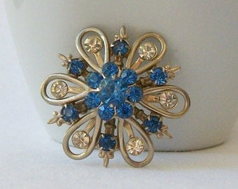 Vintage Blue Crystal Flower Brooch, Vintage Jewelry, Vintage Brooch,  Something Blue