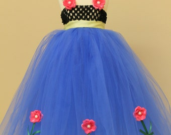 Dress Centerpiece   Winter Wonderland Ice Frozen Queen snowflake dress Anna