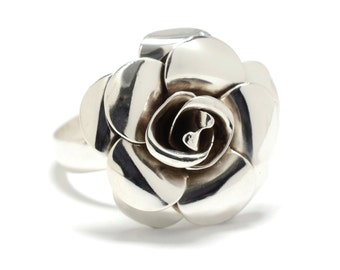 Recycled Sterling Silver Flower Ring - Size 8 - 1940s Retro Flower