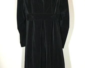 Vintage 60s Black Velvet Tent Dress Pleated Occult Robe Detail S