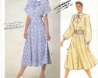 Vogue Tailored Day Dress Sewing Pattern 1375 Size 8, UNCUT, Albert Nipon American Designer, Collared Pin Tuck Bodice, Flared Pleated Skirt