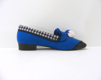 1950s  Slippers ... Vintage Smoking Slippers ... Blue Wool w/Toe Caps and Pom Pom ...  Women's Size 6