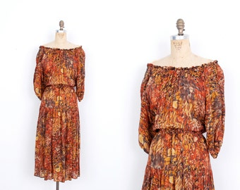 Vintage 1970s Dress  / 70s Silk Watercolor Floral Print Dress / Orange ( S M )