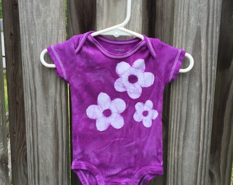 Purple Baby Bodysuit, Flower Baby Bodysuit, Purple Baby Gift, Baby Girl Gift, Baby Shower Gift, Purple Flower Baby Bodysuit (3 months)