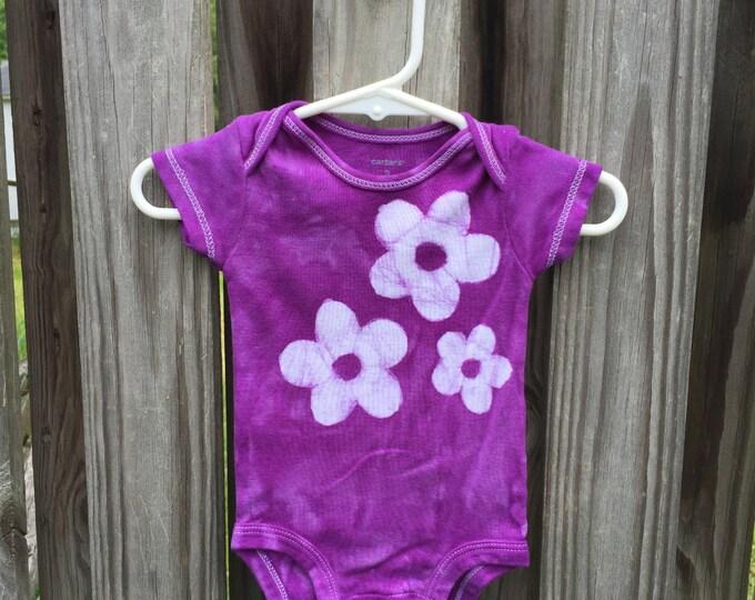 Purple Baby Bodysuit (3 months), Flower Baby Bodysuit, Purple Baby Gift, Baby Girl Gift, Baby Shower Gift, Purple Flower Baby Bodysuit