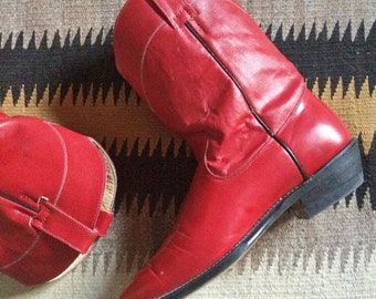 Vintage women's size 8 M (Mexican size 25.5) red cowgirl boots, boho rockabilly cowboy boots, Mexican short Western boot, red boots leather