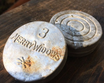 Antique 3 Merry Widows Condom Tin