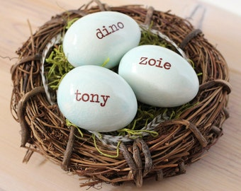 Personalized eggs in nest, custom name eggs, bird nest ornament, gift for moms, Robin eggs