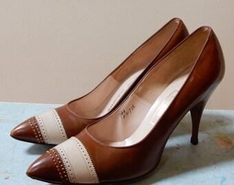 1950s Andrew Geller Stilettos Mocha Brown Tan Striped High Heel Pumps Mad Men Style Size Handwritten