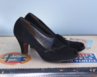 1940s black leather heels / early 50s peep toe pumps / Red Cross black leather shoes