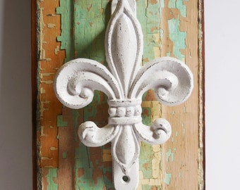 Cast iron Door knocker Fleur De Lis Dusky White shabby wall door French country hardware supplies large 5 x 8