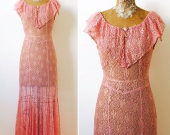 Vintage 1930s Pastel Pink Lace maxi Dress/Gown/1920s/Flapper dress/Garden party dress/Small