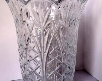 Crystal Flower Vase Scalloped Rim Home & Garden Home Décor Vase Flower Vase