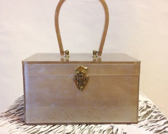 Lucite Purse / 1950s Wilardy Box Purse / Gold Purse