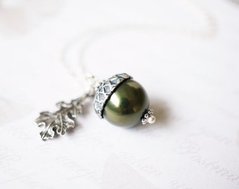 Necklace, Acorn Necklace, Pearl Necklace, Silver Necklace, Handmade Necklace, Botanical Necklace, Peter Pan Necklace, Graduation Gift