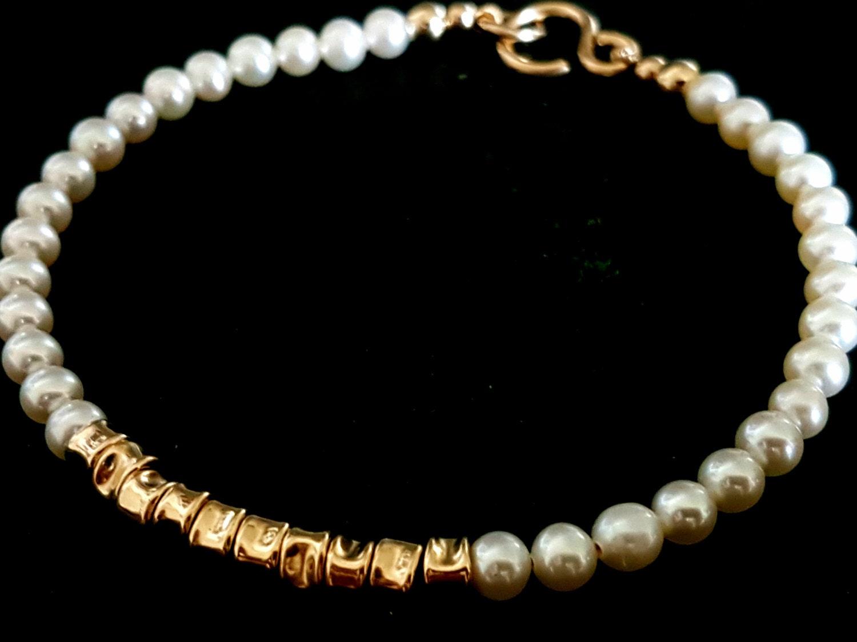 Pearl Bracelet Stacking Bracelet White Pearls Bracelet