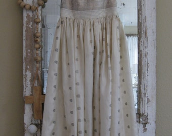 SALE! Now 79.00! Vintage prom dress, 1950's, strapless, halter, cream and light gold, Shabby Chic prom, Shabby Chic decor