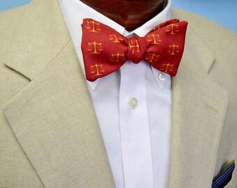 Lawyer Men's Bow Tie, Green Bow Tie, Maroon Justice Scales, Self-tie Bow Tie, Pre-tied Bow Tie, Adjustable, Gavel Bow Tie, Graduation Gift