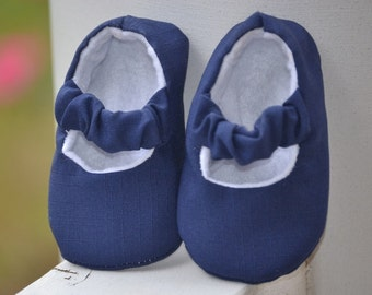 baby girl shoes in navy blue, crib shoes, soft sole shoes