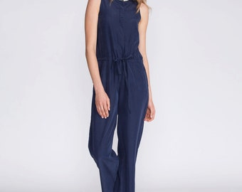 Summer jumpsuit, Blue overall, tailored jumpsuit, buttoned down jumpsuit, no sleeves, fitted top, straight leg pants, belted jumpsuit