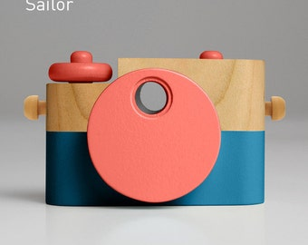 Sailor Pixie - Wooden Toy Camera