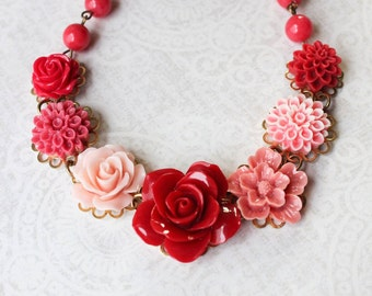 Cherry Red Rose Necklace Statement Jewelry Coral Pink Chrysanthemum Bead Chain Flower Bib Necklace Chunky Unique Jewelry Gift For Women